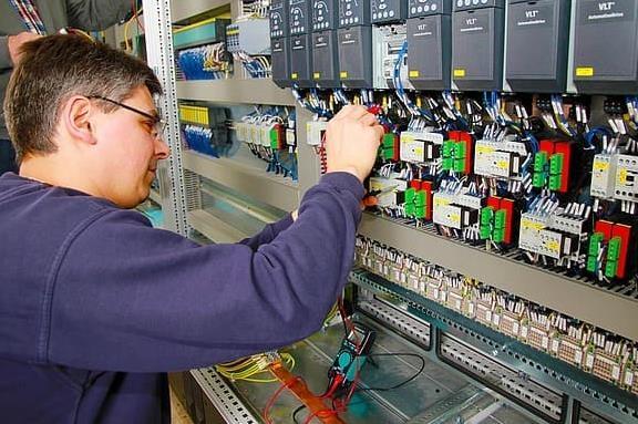 Інженер КВПіА (Інженер контрольно-вимірювальних приладів і автоматики)